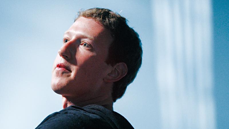 臉書執行長佐伯格認為,企業鼓勵遠距工作,除了可以招攬大城市外更多優秀人才,還能催生更好的遠距溝通技術。