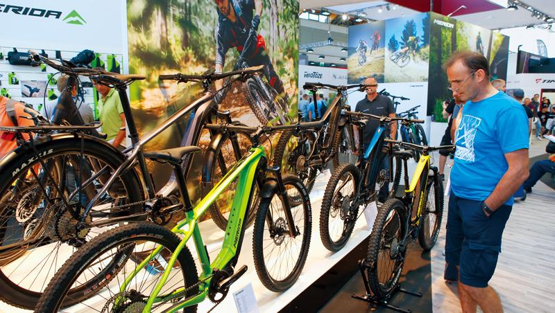 疫情改變人類生活習慣,在各國政策補貼下,自行車預期將成市區通勤主要交通工具。