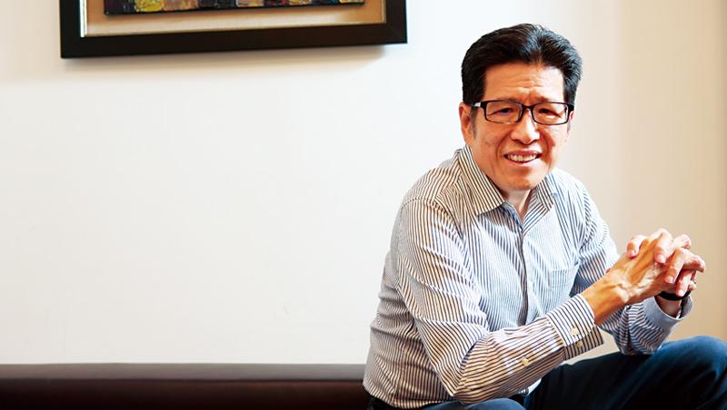 公益平台文化基金會董事長:嚴長壽