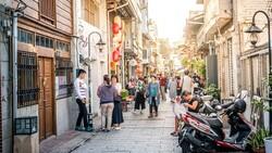 從《佐賀阿嬤》看三倍券…你眼裡的「多此一舉」,是台灣努力許久才有的體貼