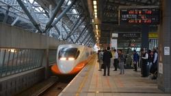 大眾運輸6月7日大規模解封! 雙鐵有條件可脫口罩
