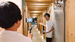 真的太想到處玩!日本人好會過乾癮:正夯「Online 住宿」在幹嘛?