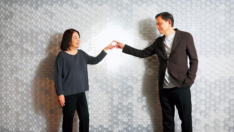 匯僑董事長:王秀卿(左)、執行長:楊信力(右)
