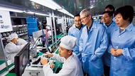 緯創賣廠、和碩投資小鴻海 看懂台商口中「蘋果的矛盾」