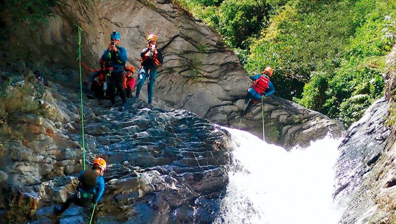 全台人口最少、教練最多的攀瀑聖地