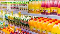 大、小容量飲料相同價錢,選買大容量為何「沒便宜」?一篇看懂高CP值陷阱