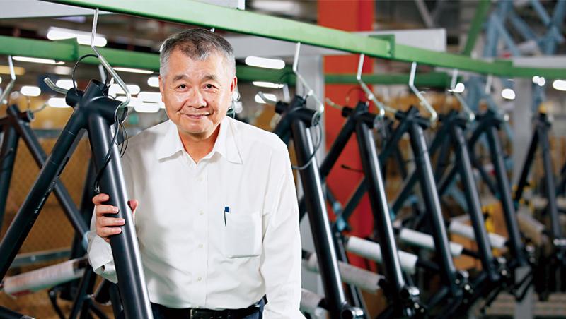 信邦做e-bike電控系統不稀奇,信邦副董事長葉辛池為了增加在客戶心中價值,爭取組車生意。