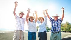 人類進入百歲時代:如果你目前40歲,5成機率活到95歲!