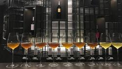 一口就喝掉幾百塊!用紅酒瓶裝的「冷泡茶」,怎麼在日本上流圈夯起來?