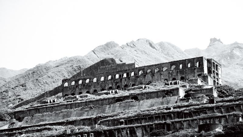 十三層煉銅廠廢墟,酷似古文明的神秘遺址,被稱作「天空之城」。