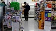 日本超商不給塑膠袋,竟逼出霸凌店員的中年奧客和高齡扒手