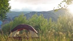 日本露營瘋出新高度:乾脆來買山!一坪最貴不到 1500,還不用人擠人