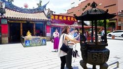 七夕冷知識》霞海城隍廟服務時間,是早上6:16~晚上7:47...竟和「飛機」有關?