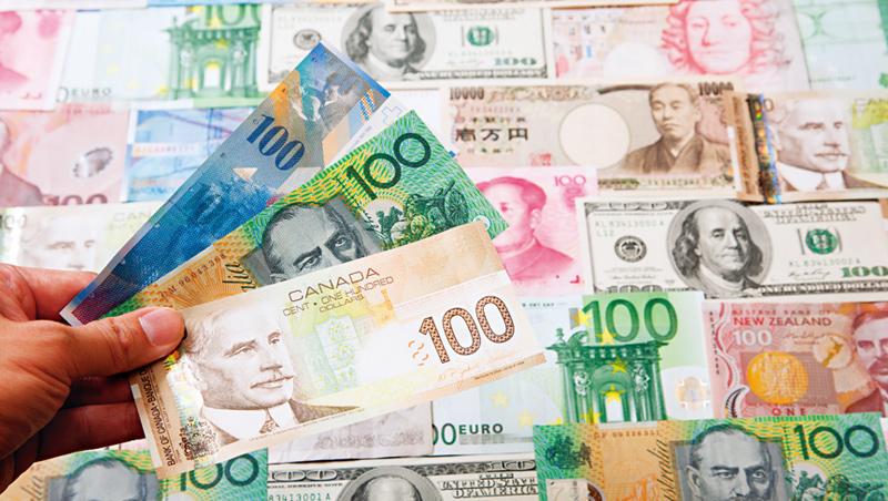在各國經濟逐漸走出疫情影響、景氣慢慢復甦的同時,包括加、紐、澳等原物料貨幣,成了表現亮眼的族群。