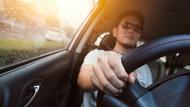 開車看人的本性很準!無預警煞車、邊發表演說...心理師解讀8種行為