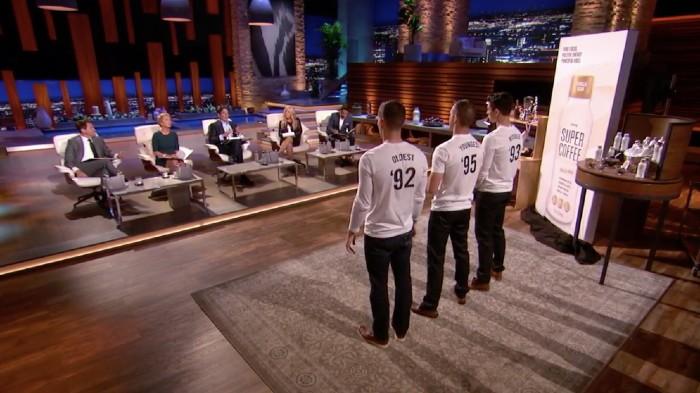 DeCicco三兄弟參加創業實境秀「Shark Tank」。