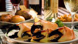 百年老店經營秘訣》全美最賺餐廳進貨螃蟹,為何只摘「一隻蟹螯」就放生?