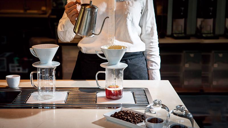 台灣精品咖啡適合淺焙到中焙,才能展現出花香與熱帶水果的風味。