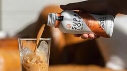 賣贏星巴克、比防彈咖啡更健康!爆肝大學生靠「超級咖啡」挖出上億美元商機