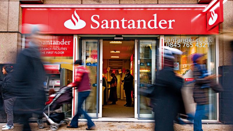 金融業「不當行為」包含不道德的銷售,桑坦德銀行英國分行就曾在2014年,因提供不適合客戶的投資建議等遭重罰4.6億。
