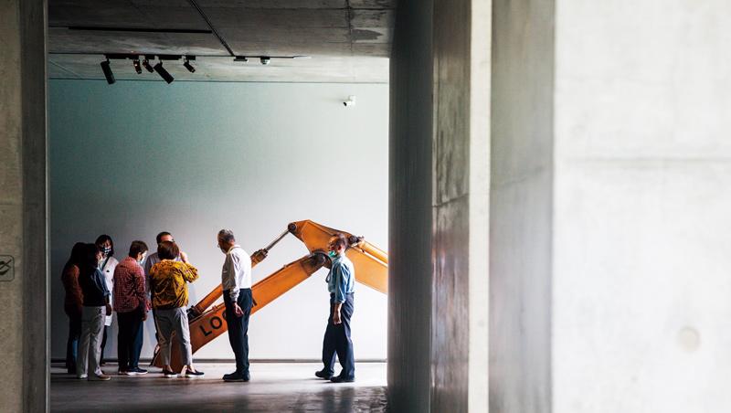 雖然毓繡美術館免費開放給一般民眾,但僅接受線上預約、進行人數控管,讓所有人得以在清幽的環境下欣賞作品。