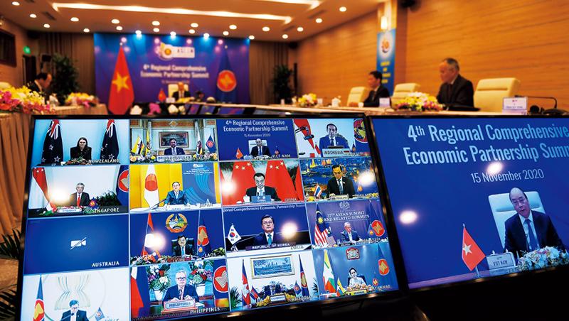 RCEP在線上完成簽署,《華爾街日報》認為,目前其他貿易協定內容優於RCEP,「RCEP對北京並非重大勝利。」