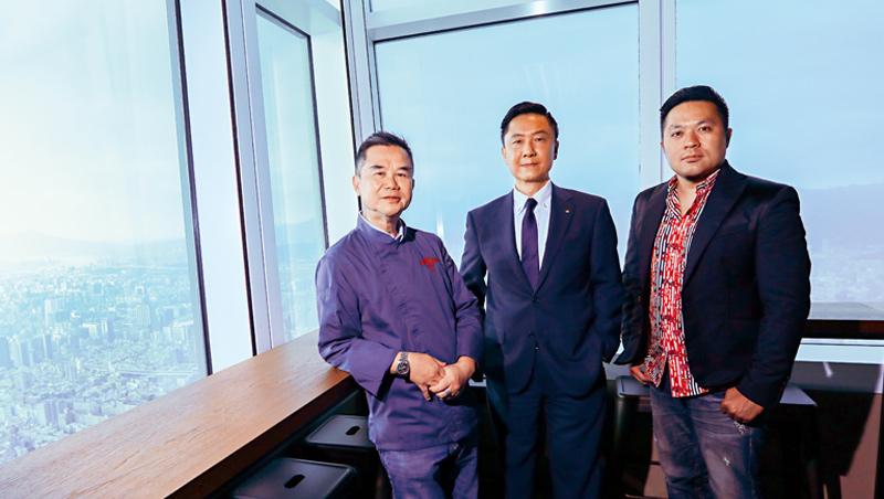 「捌伍添第」品牌推手林奕寬(右)與嘉林餐旅總經理林承宇(中)、米其林主廚謝文(左)將進駐101大樓85樓。