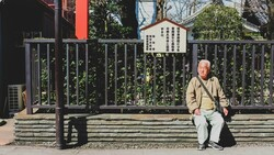「我終於,還清了房貸,然後住進養老院」⋯看日本老人一紅20年的銀色幽默
