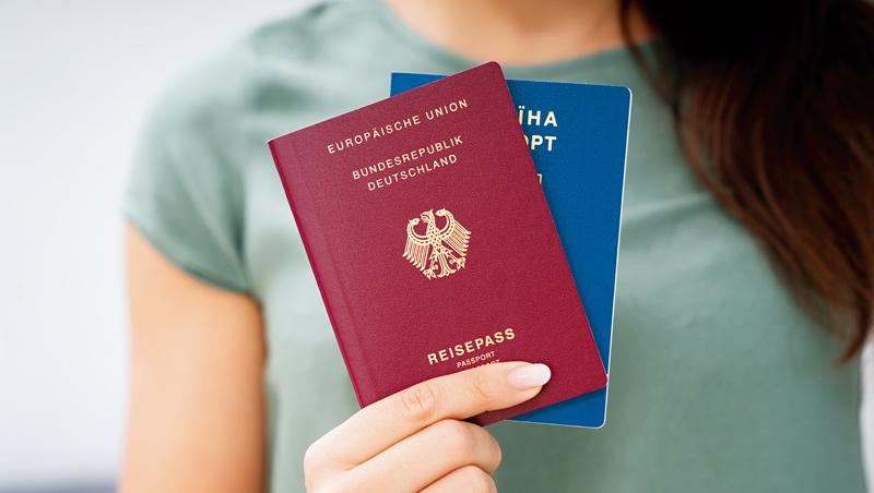 因為疫情、美國大選關係,加入由一國政府設立、外籍富人出資就能取得護照的方案,現在是美國有錢人另類的「富豪俱樂部」。
