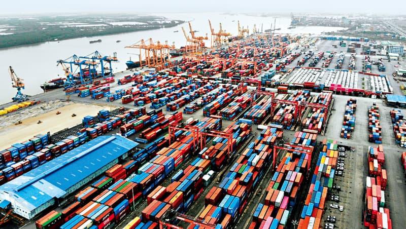 越南盾將暴升,越南也將面臨產業大轉型,在加工出口區的台商們須重新思考對越南的態度與策略。