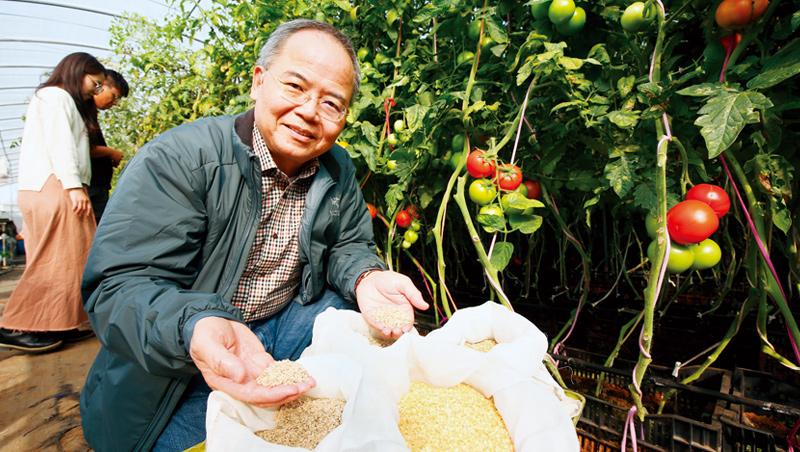 林台總經理賴宏南,憑著成千上萬的小種子成了國際市場的隱形冠軍。