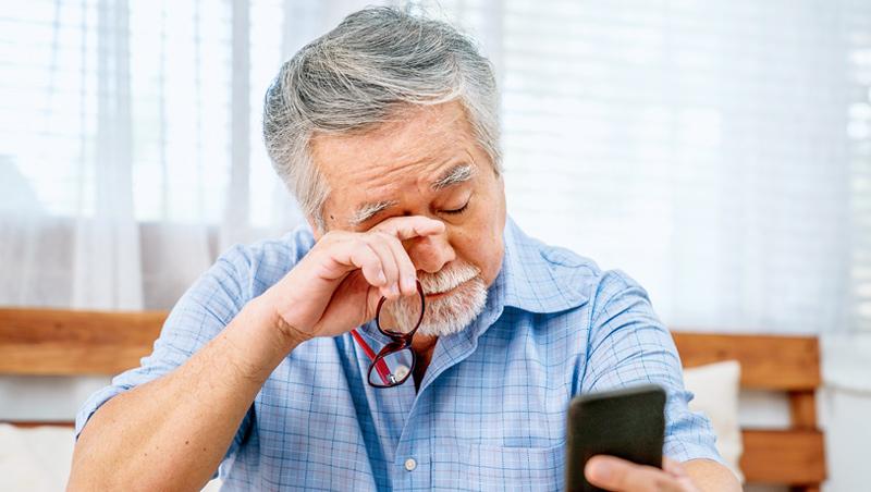 年齡越大罹患青光眼的機會就越大,常被誤以為是正常老化。