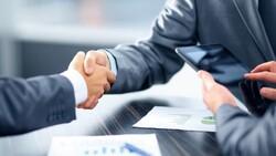 職場英文》Golden handshake可不是黃金握手,而是…