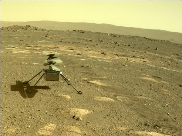 毅力號回傳火星上影像