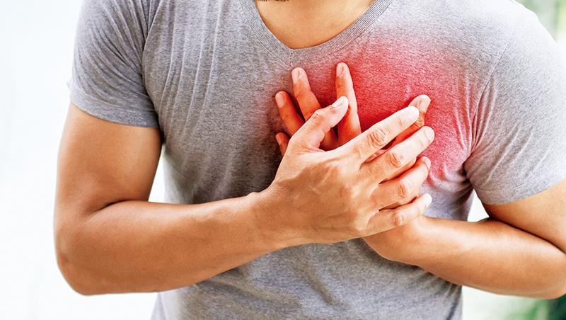 張效煌認為,要避免心血管疾病,得控制好血壓在正常範圍內,並盡可能不要熬夜,維持適當體重。