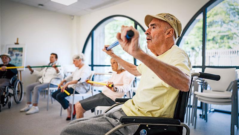 與現今醫學邏輯不同,新興「老化科學」目標是破解人類的衰老過程,並藉此發掘延緩或避免衰老相關疾病發作的方法