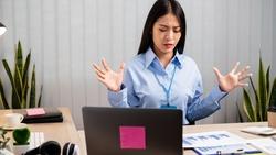 怎麼跳脫「越勤奮、越焦慮」的惡性循環?劉潤:以10年為標準,審視一件事的價值