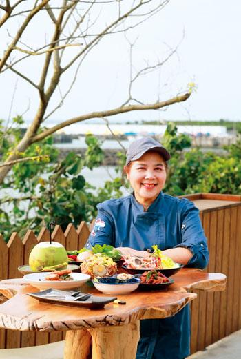 金泰亨海景餐廳主廚阿桐師