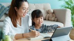 在家學習,各科進度怎麼排?家長「不爆炸10法寶」前輩幫你整理好!