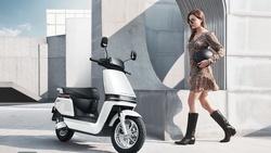 比特斯拉還牛!愛瑪IPO大漲44%,「中國電動車第一家族」是誰?
