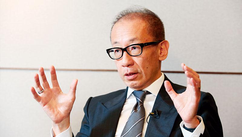 這波疫情爆發後,潘思亮不斷接受媒體訪問,他一直擔心餐飲服務業禁不起打擊, 7月恐爆發倒閉潮
