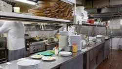 當餐廳營運走下坡⋯王品前執行長:此時該對顧客「更慷慨」!為什麼?