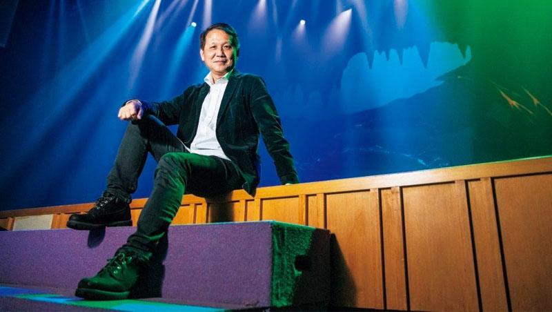 舞鈴劇場創辦人劉樂群對藝術要求嚴格,但談起逆境,他難得露出感性一面表示:「只要家人都還在一起就好了,」直說家人是他最重要後盾
