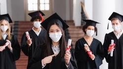生於921、畢業於新冠…「失落的一代」面對不確定的未來,該怎麼應變?