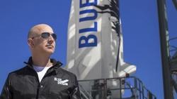 太空之旅成功,貝佐斯讚「最棒的一天」!