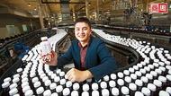 他改造阿爸傳下的瓶子  在瀕危市場營收逆增一成