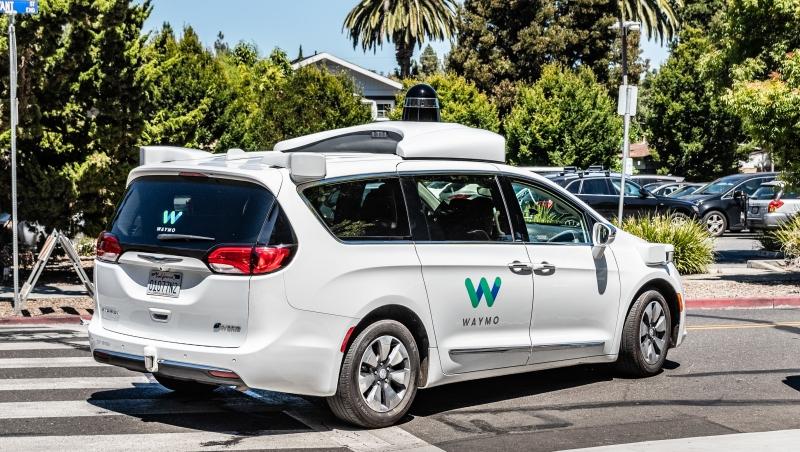 Uber、蘋果自駕表現墊底,Google無人車會是全世界最聰明?