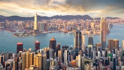 台灣和香港競爭,不可能在金融領域!中美大戰下,我們一個優勢更明顯