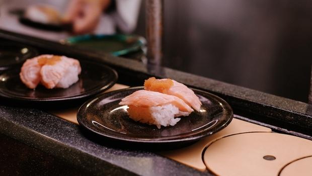 迴轉壽司老鼠風波》前知名餐飲總經理談:壽司郎的危機處理,發生什麼事?