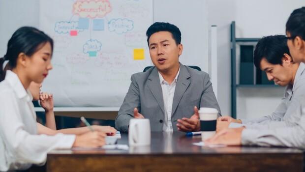 放話公司裁員、組織整併⋯聰明的管理者,為何不會這樣「刺激員工」?
